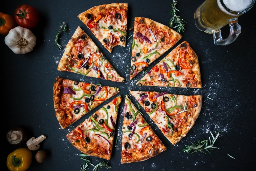 Microlearning training is not slices of a large pizza.